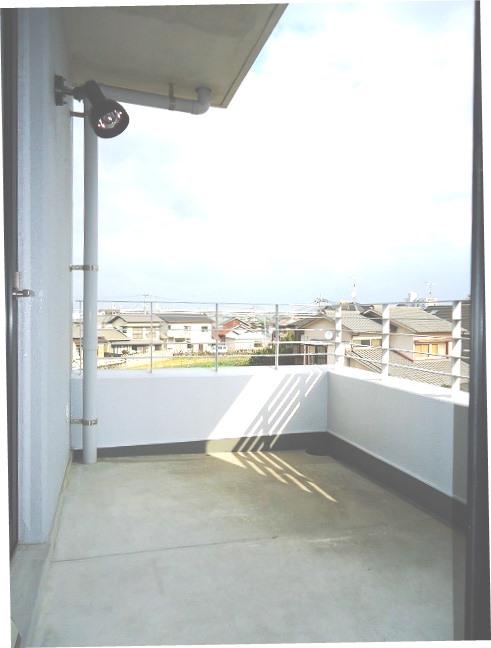 wingcourt jiroumaru3    balcony