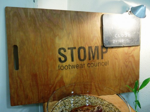 STOMP sign